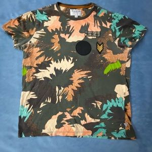 Guess Wild Three-Star Patch Shirt